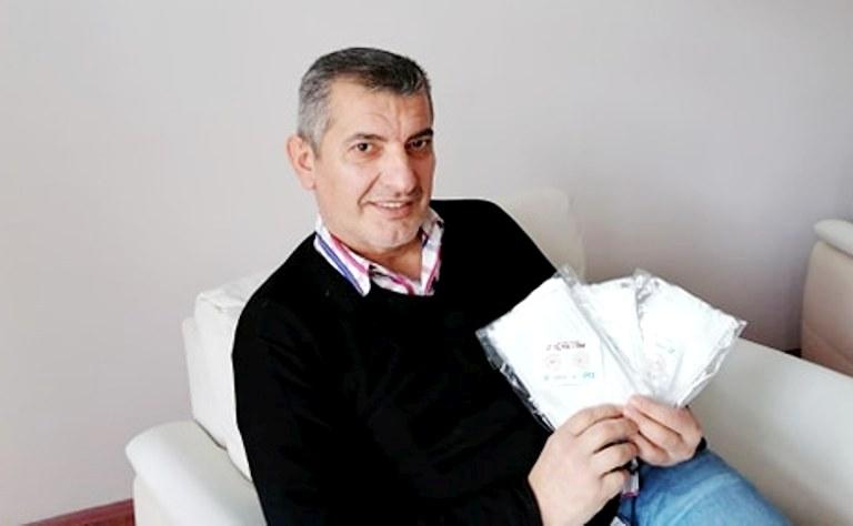 Araklı'da ücretsiz maske dağıtımı başladı