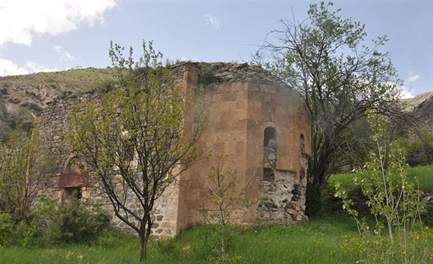Önce Dipsiz Göl, Sonra Yeşildere Kilisesi!