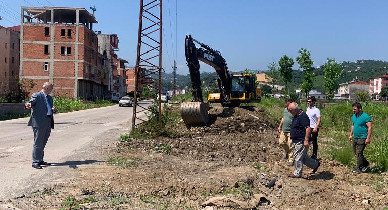 Araklı'da kesintisiz yürüyüş ve bisiklet yolu yapımına başlandı