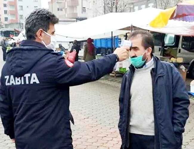 Araklı'da Maskesi Olmayanlar Pazara Alınmadı