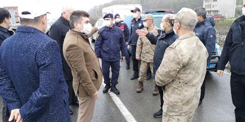Asker ve Polis, Araklı-Dağbaşı Bayburt Yolunda Denetiminde