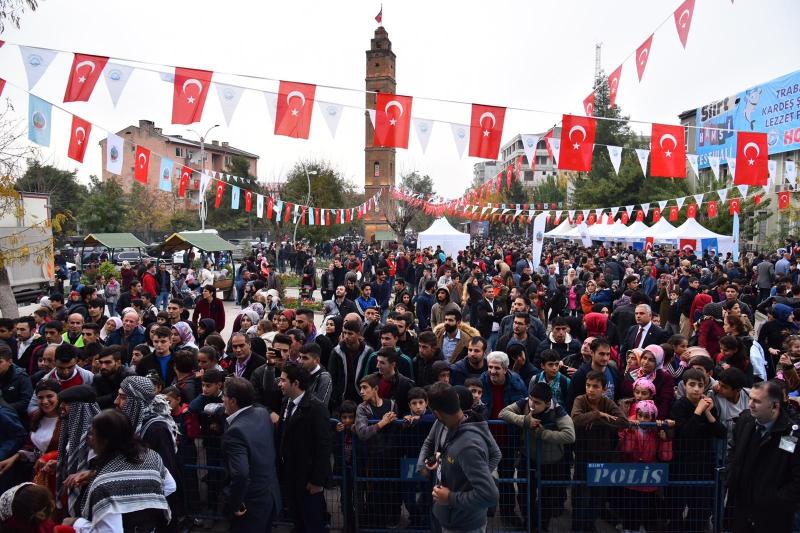 Kardeşlik iklimi bu kez Siirt'te yeşerdi