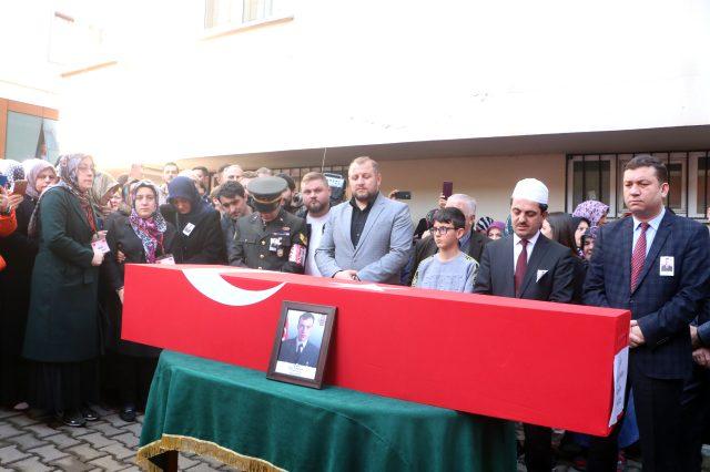 Şehit Uzman Çavuşu Son Yolculuğuna  Onbinlerce Trabzonlu Uğurladı