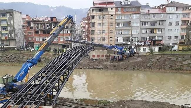 Yaya köprüsünün yapımına başlandı