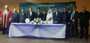 Burhan Başkan Kızını Nişanladı